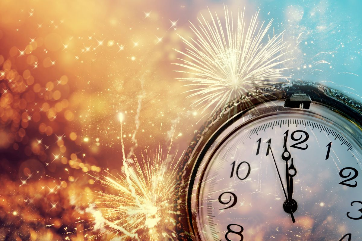 New Year's Resolutions That Will Help You Buy A Home in 2020 If 2020 is the year for you to buy a home, consider making these 5 New Year's resol
